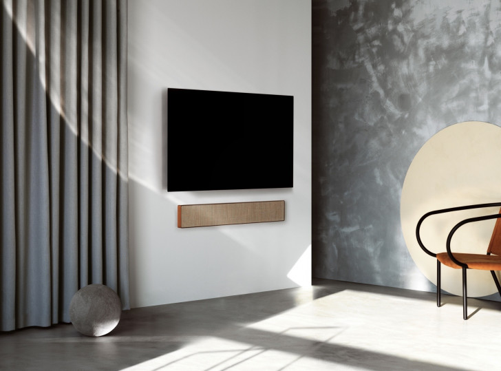 B&O announces very pretty, very expensive Chromecast-enabled soundbar