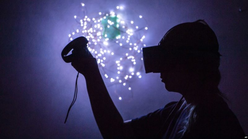 Scientists Study Whether Virtual Reality Can Prevent Memory Loss